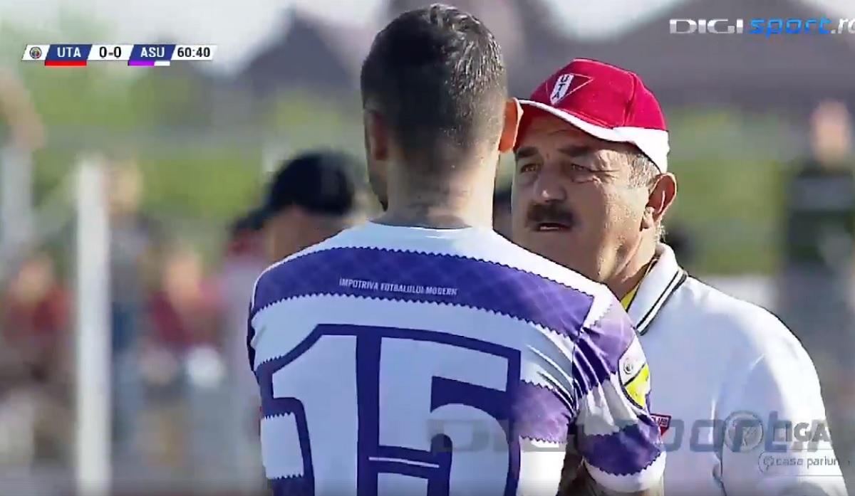 Meciul UTA - ASU Poli Timișoara, oprit după ce timișorenii au ieșit de pe teren, din solidaritate cu suporterii VIDEO