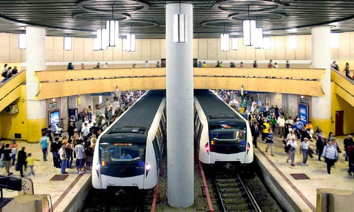 Stația de metrou Aurel Vlaicu: Circulația întreruptă, unui bărbat i s-a făcut rău
