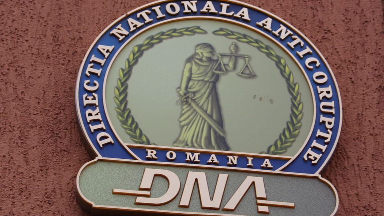 Marius Luigi Ciubrei, fostul șef al Companiei Naţionale Administraţia Porturilor Dunării Maritim, trimis în judecată de DNA