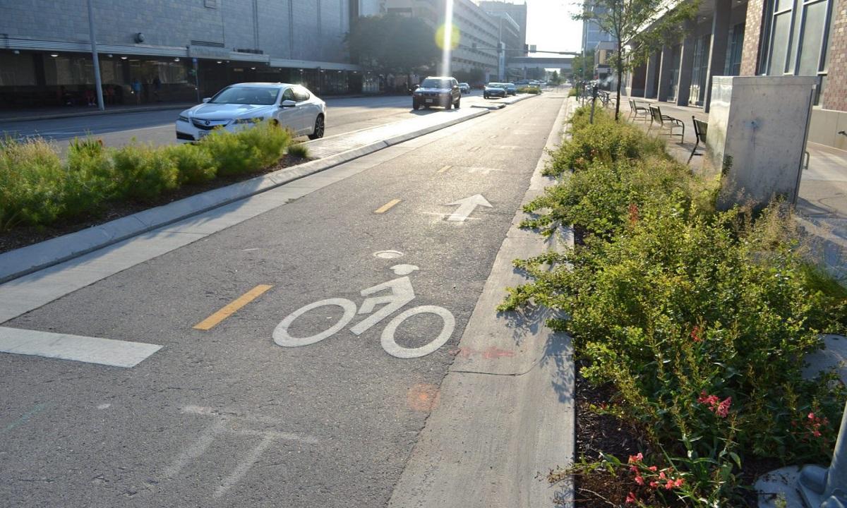 Primăria Capitalei: Traseul pistei de biciclete Victoriei – Pipera în reparații