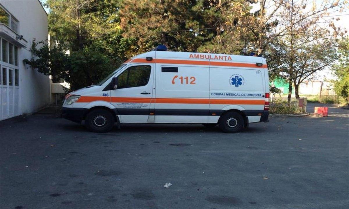 Un bărbat și-a dat foc în Hunedoara, în fața unui centru pentru copii și mame