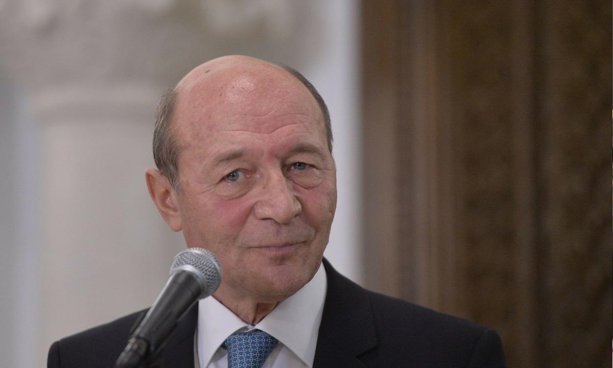 Traian Băsescu, adevăratul motiv pentru care Iohannis a declarat stare de urgență