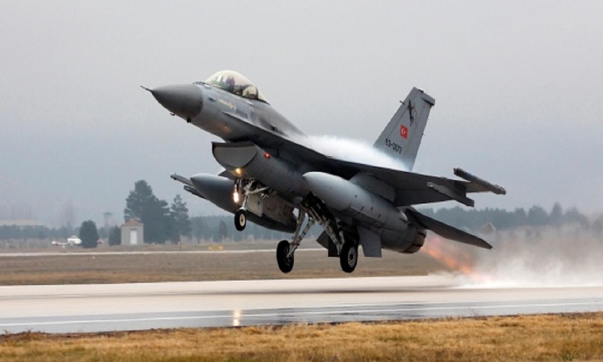 """NATO cere Belgiei înlocuirea avioanelor F-16 """"cât mai rapid posibil"""""""