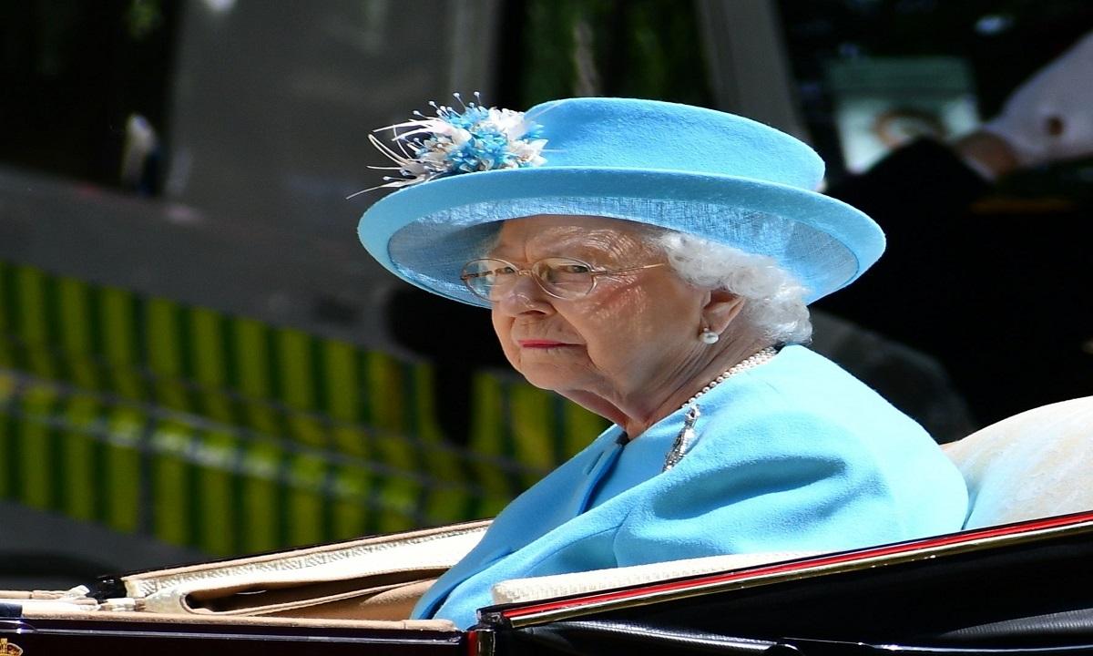 Regina Elisabeta grav bolnavă?