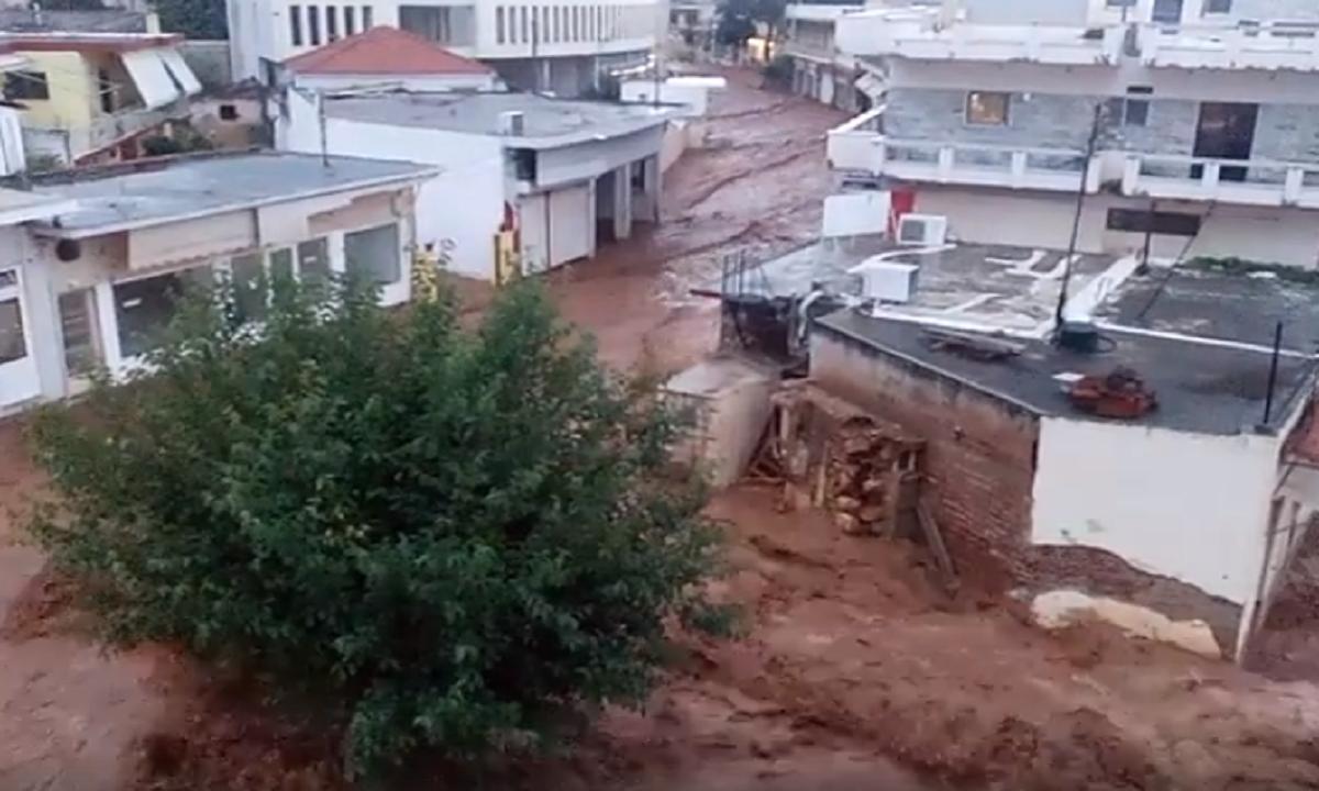 Inundații în Grecia: Aproximativ 2.000 de case și magazine au fost distruse
