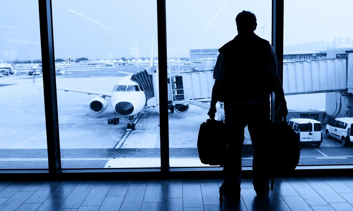 Uluitor! Trăiește de 42 de zile într-un aeroport