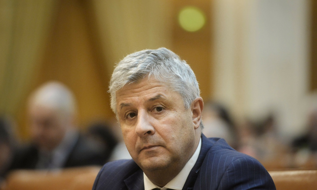 """Florin Iordache, supărat că Iohannis retrimite legi în Parlament: """"Este o tragere de timp"""""""