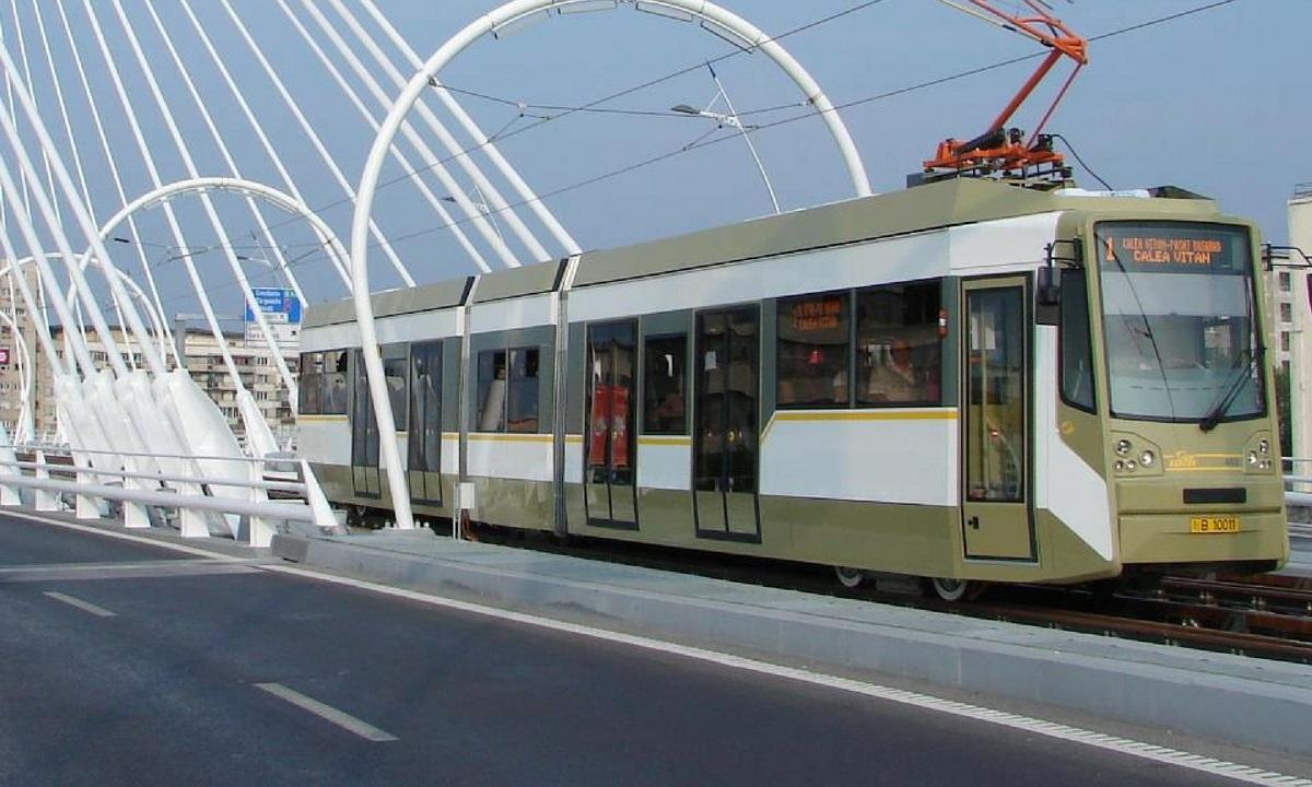 Vești proaste pentru bucureșteni! Anunțul RATB cu privire la dotarea cu aer condiționat a tramvaielor