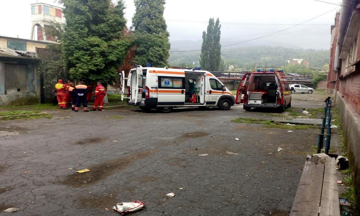 UPDATE Mineri grav răniți la Mina Lupeni. Un muncitor a decedat