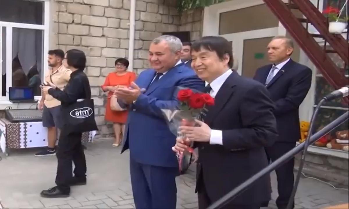Bălți: Primarul orașului s-a făcut de râs! A folosit un translator pentru amabasadorul Japoniei care vorbea românește