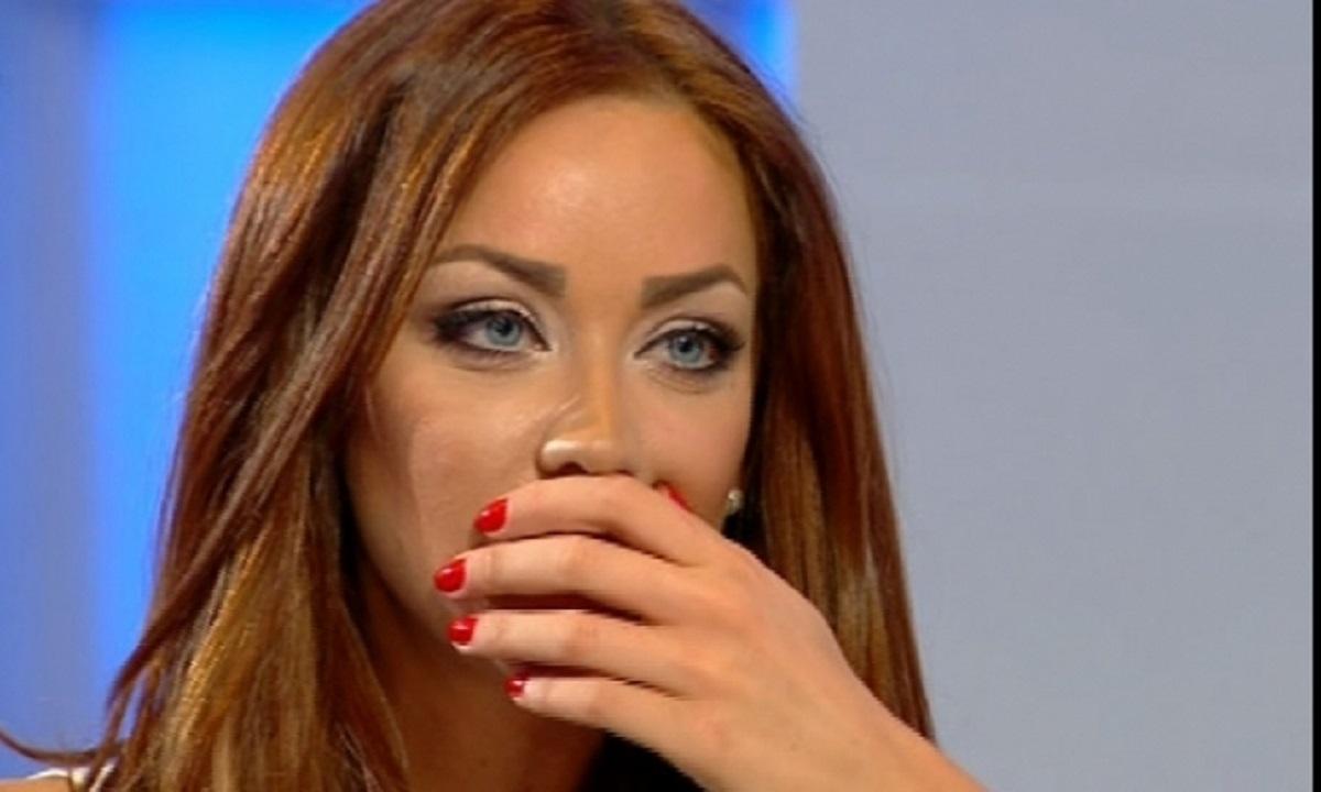 """Bianca Drăgușanu: """"Le-am spus că mai bine mă arunc pe geam"""". Astăzi este ziua ei"""