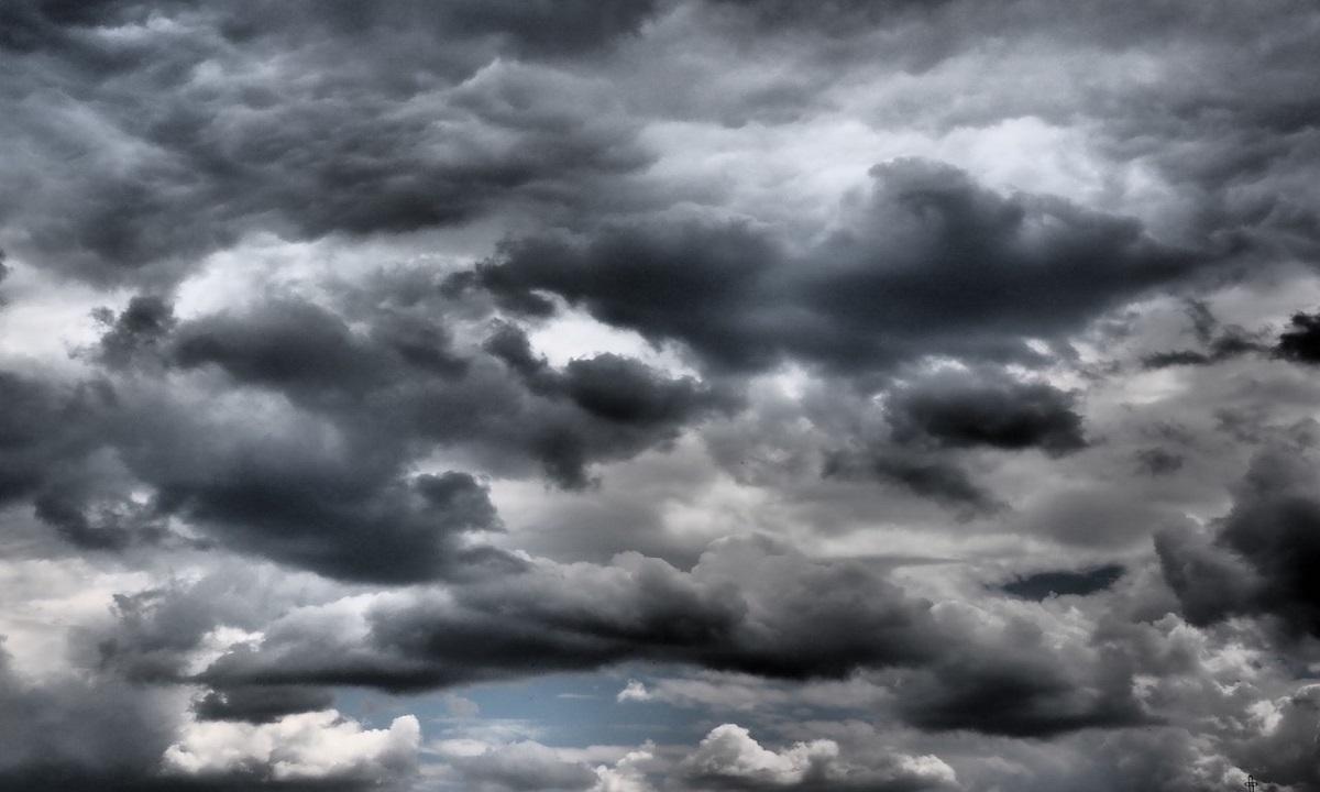 Cod galben: 25 de judeţe sunt amenințate de instabilitate atmosferică, până sâmbătă, la ora 21:00
