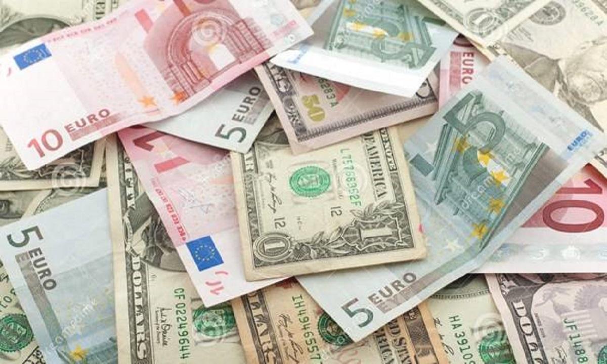 Curs valutar 3 iulie 2018: Euro, dolar, franc elvețian și alte valute