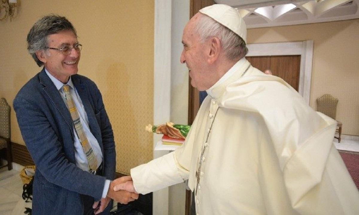 Se rescie istoria! Un laic a fost numit pentru prima dată la conducerea unui minister de la Vatican