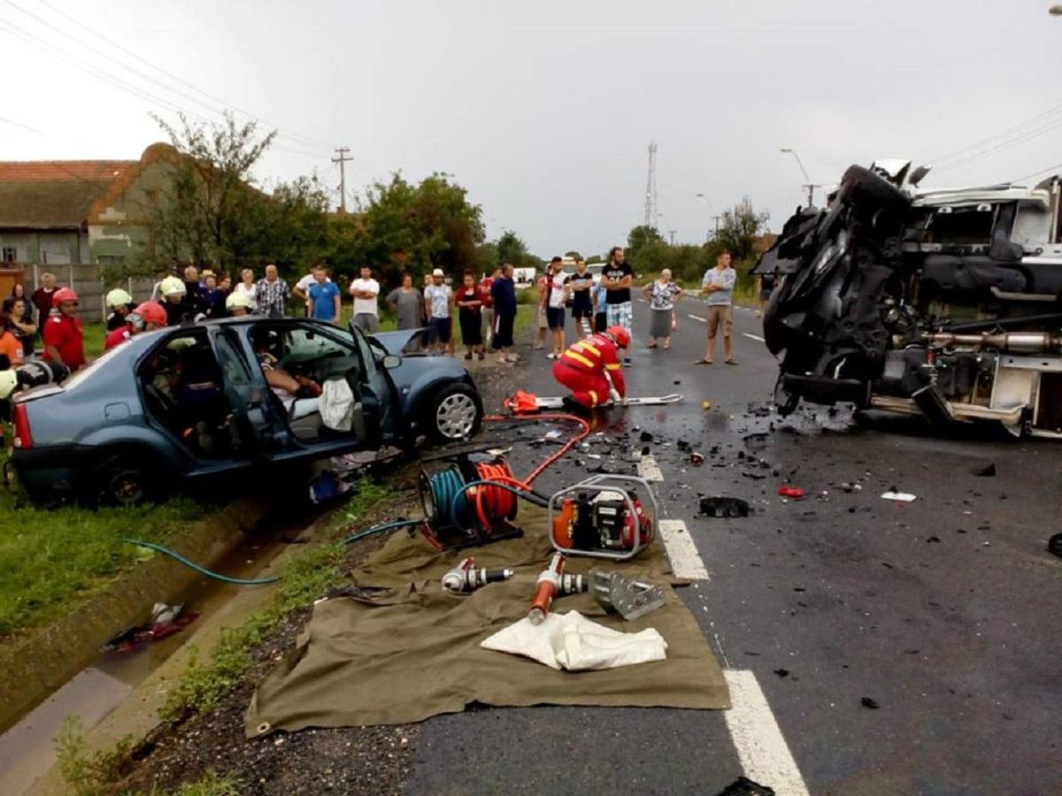 Timiș: Accident în Belint, soldat cu moartea a trei persoane