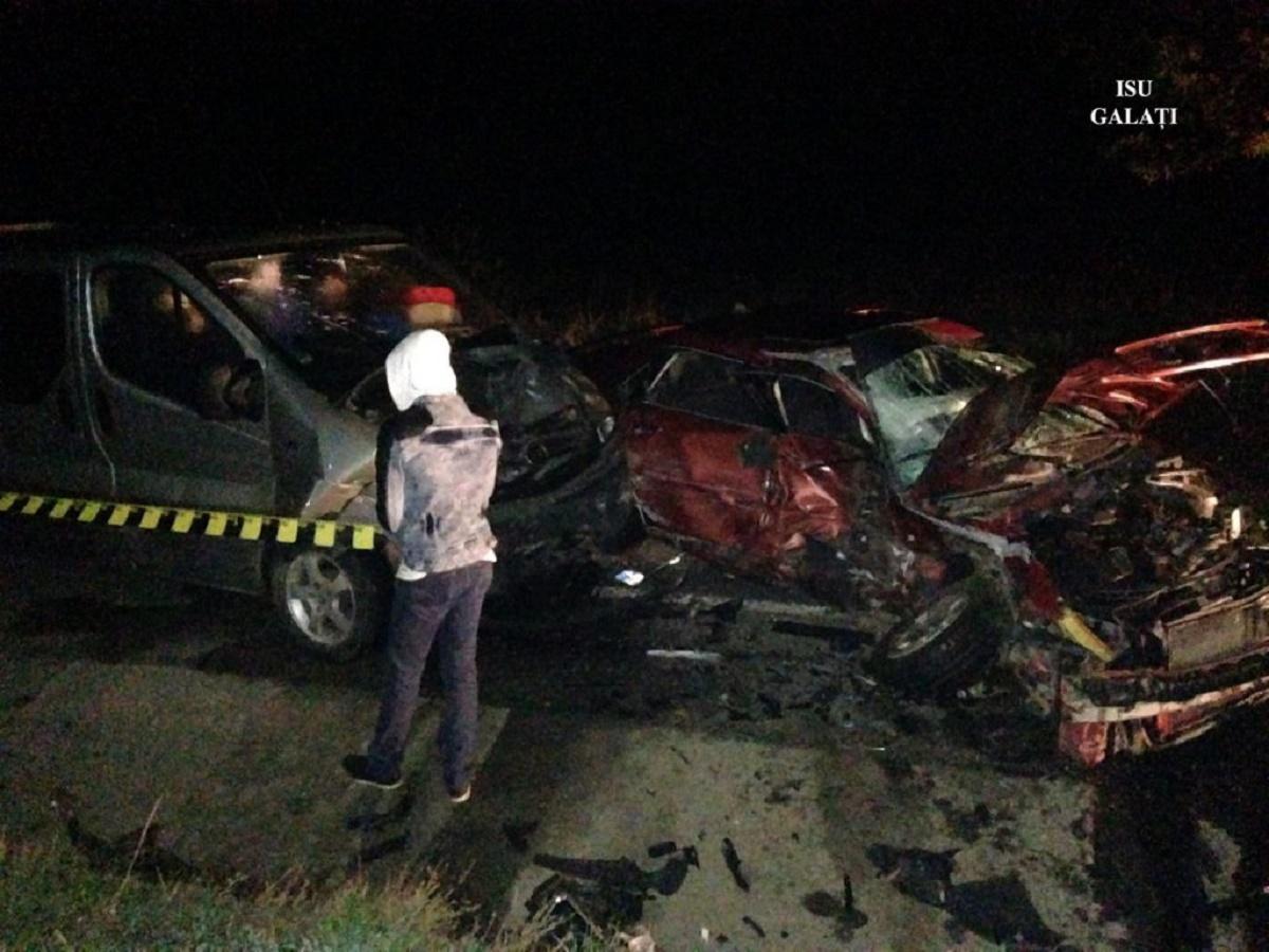 Accident în Galaţi: Un bărbat a murit după ce a fost lovit de 2 maşini