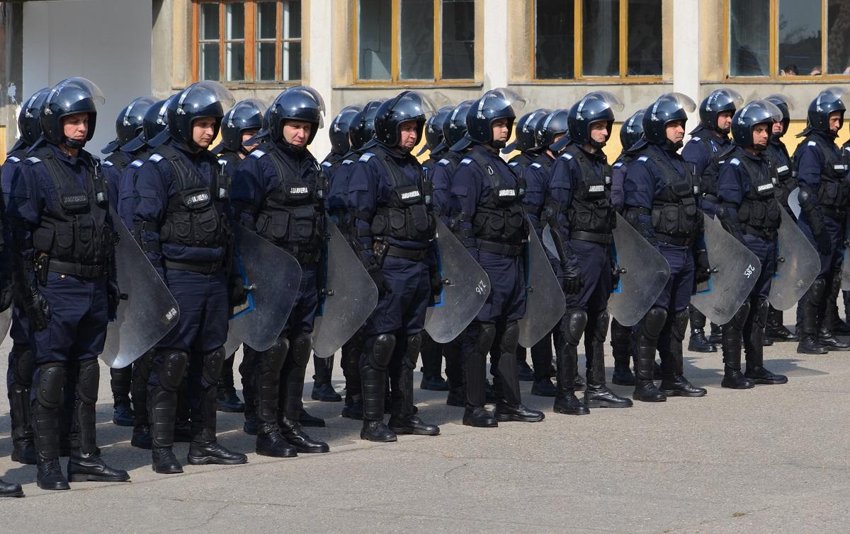 """Jandarmeria se contrazice cu Parchetul Militar: """"Un procuror a fost în Piața Victoriei"""""""
