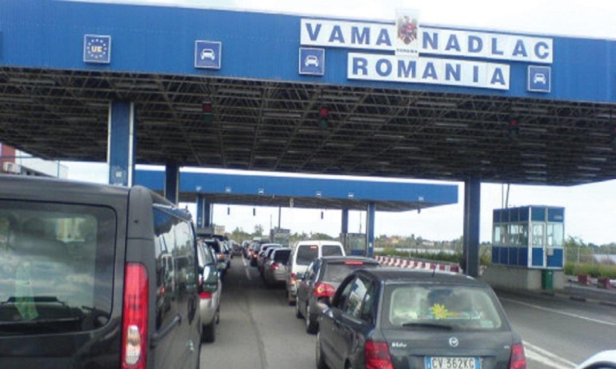 Aglomerație la frontiera cu România. 220.000 de persoane au intrat în țară