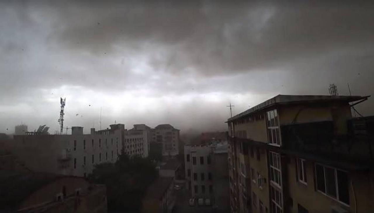 Cod portocaliu de furtună în mai multe județe din țară