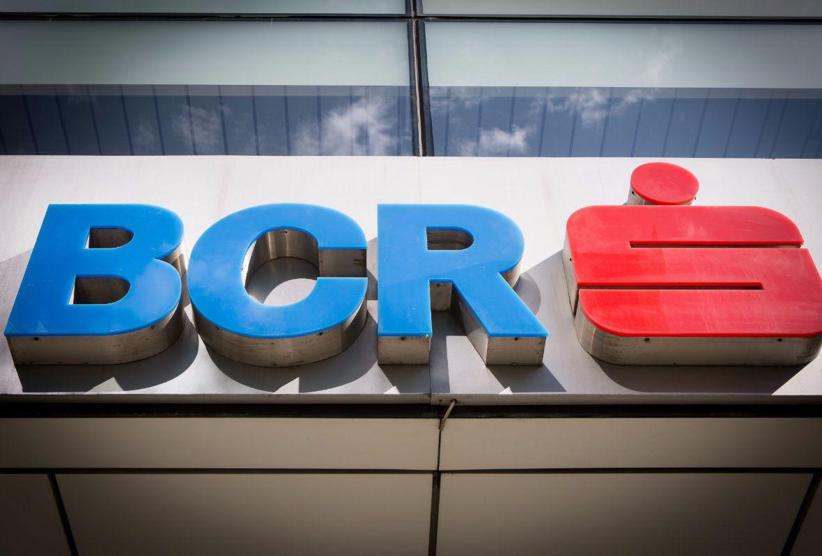 BCR anunț major pentru toți clienții! De azi este obligatoriu