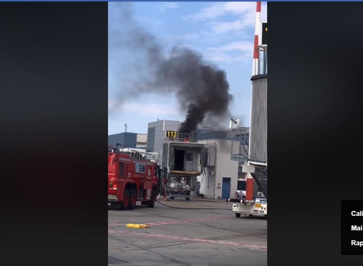 Incendiu pe Aeroportul Otopeni! Pompierii au intervenit