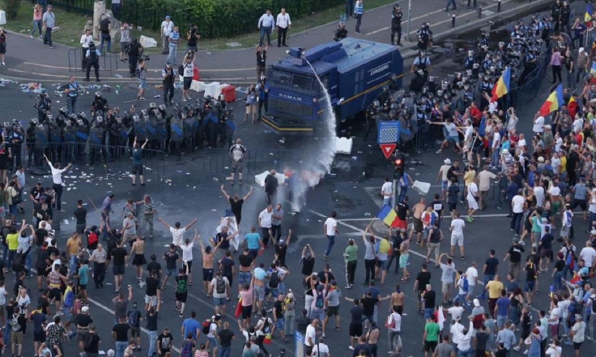 Șefii Jandarmeriei, puși sub acuzare cu privire la violențele de la protestul Diasporei