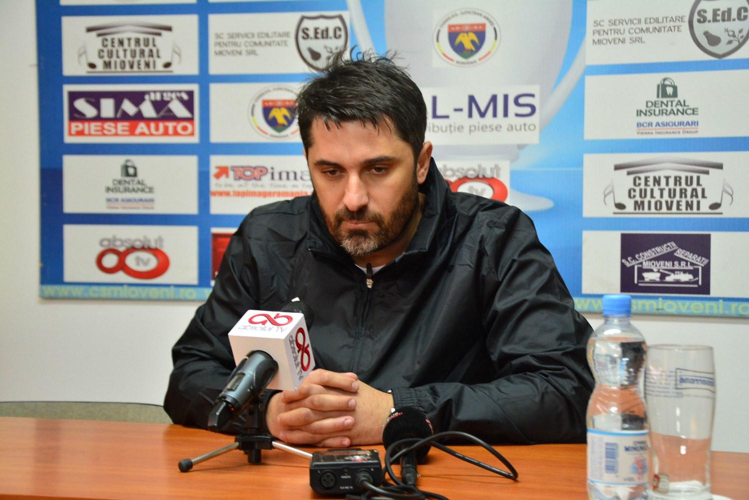 Dinamo Bucureşti s-a despărţit de antrenorul Claudiu Niculescu
