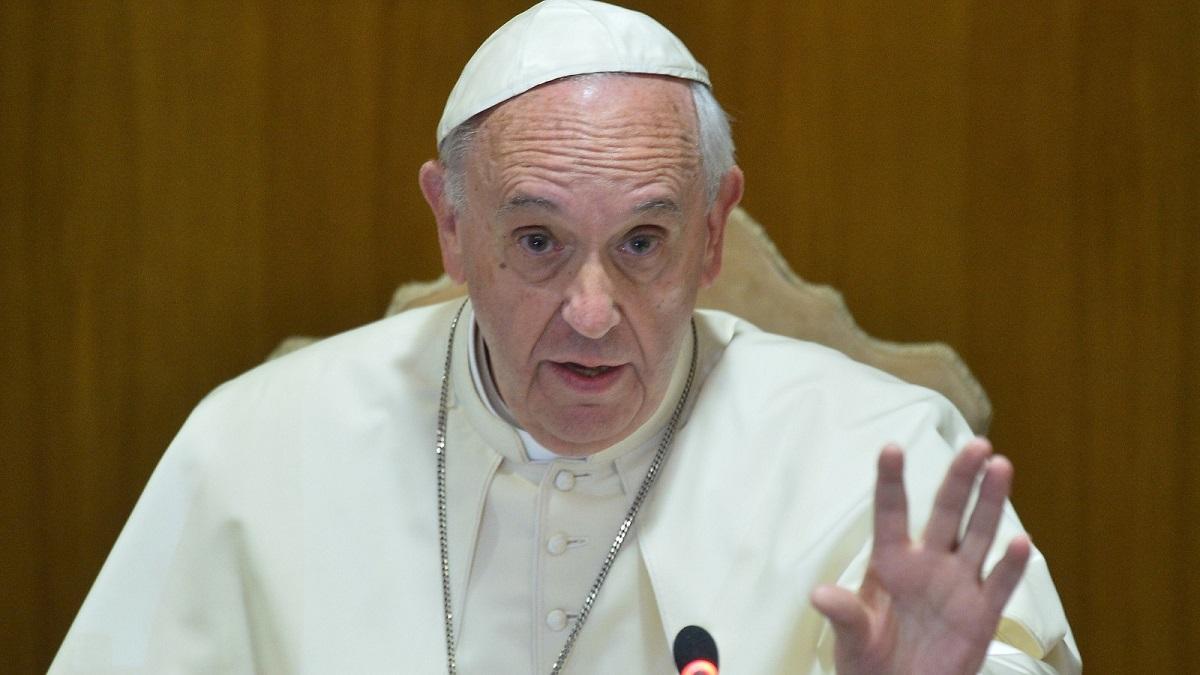 15 ecrane vor fi montate în punctele cheie ale Capitalei în ziua vizitei Papei Francisc
