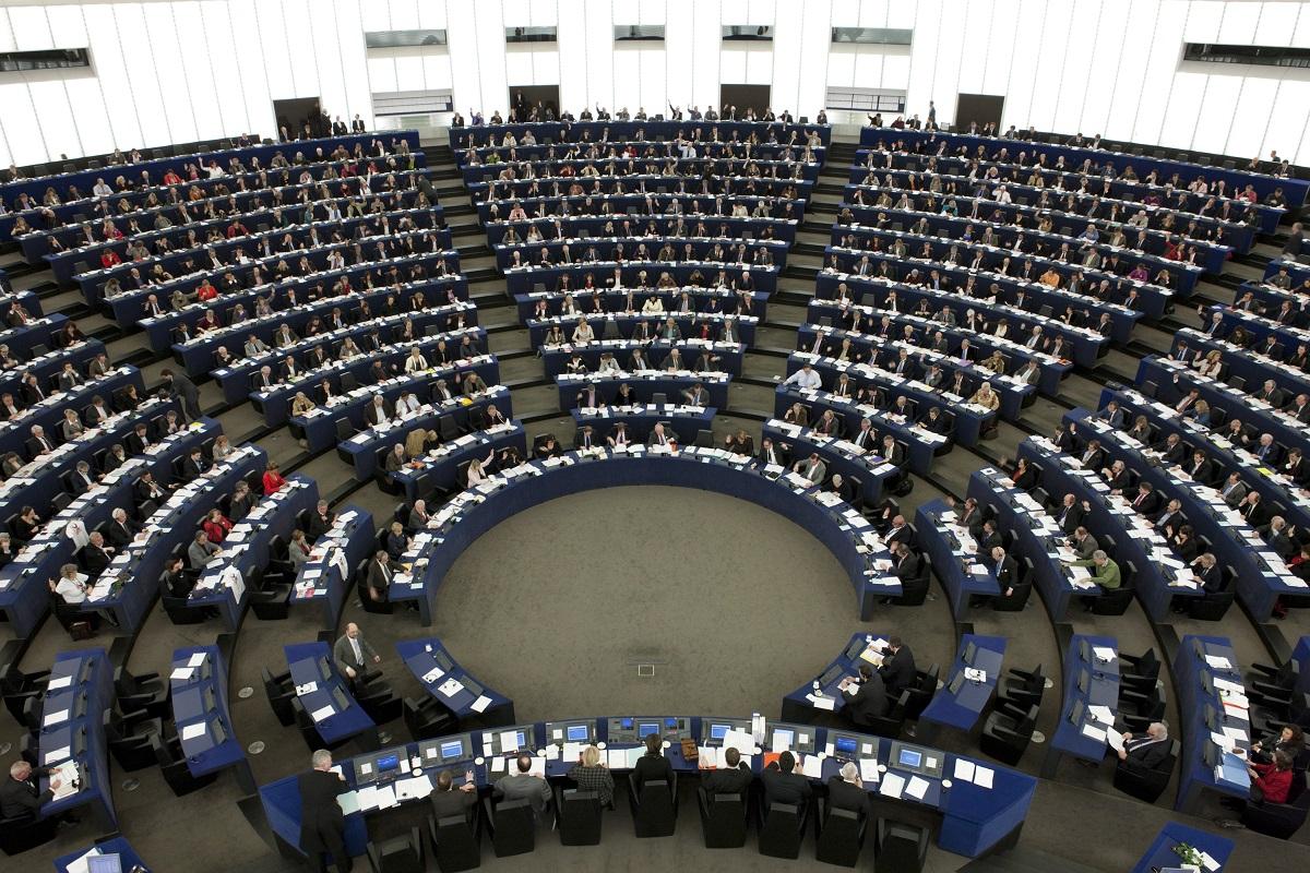 Rezoluția privind statul de drept în România, adoptată de europarlamentari. Ce critici se aduc