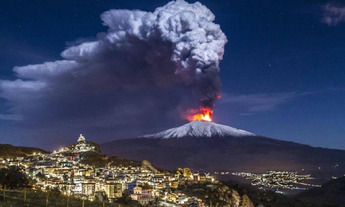 Un nou bilanț al erupției vulcanului Etna: Cel puțin 28 de răniți