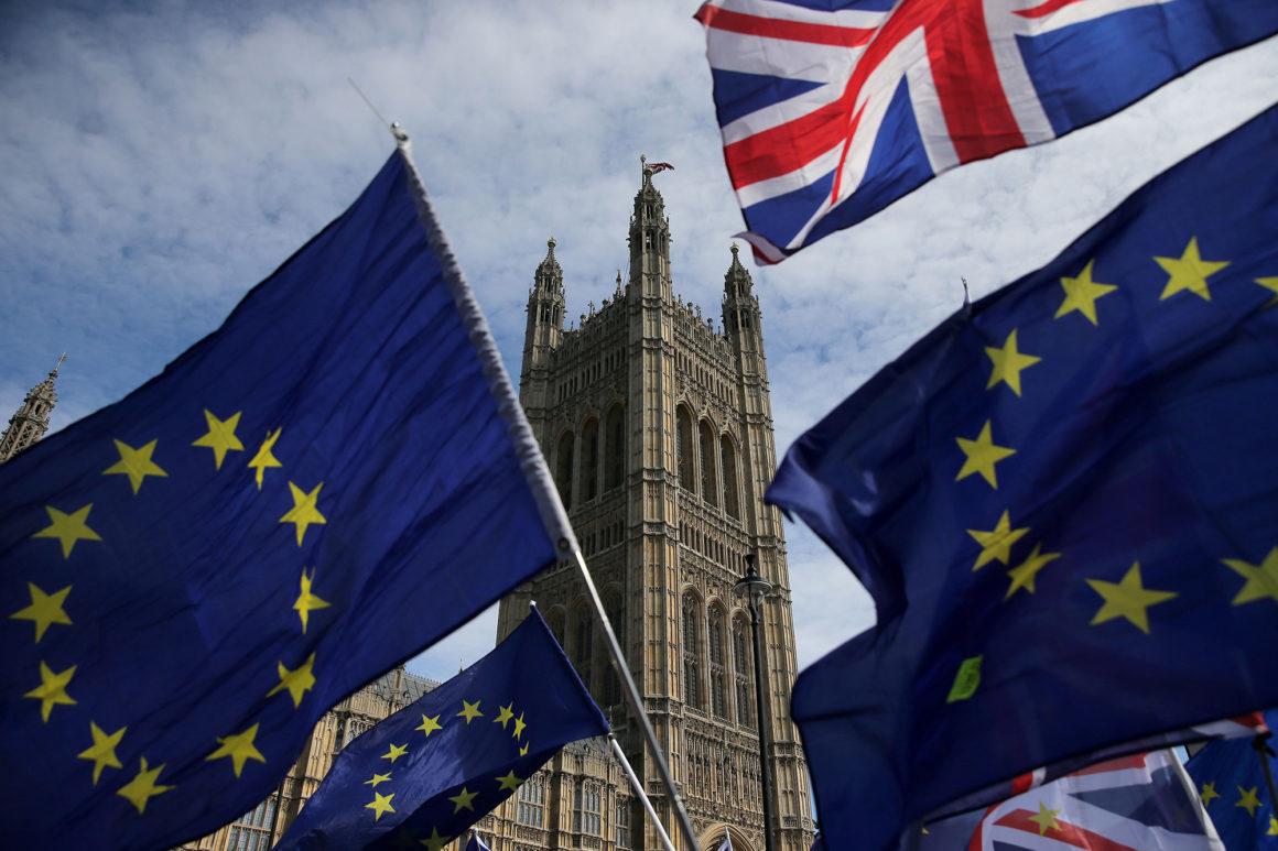 O nouă data pentru BREXIT. Marea Britanie vrea ieșirea din Uniunea Europeana, dar cere o amânare