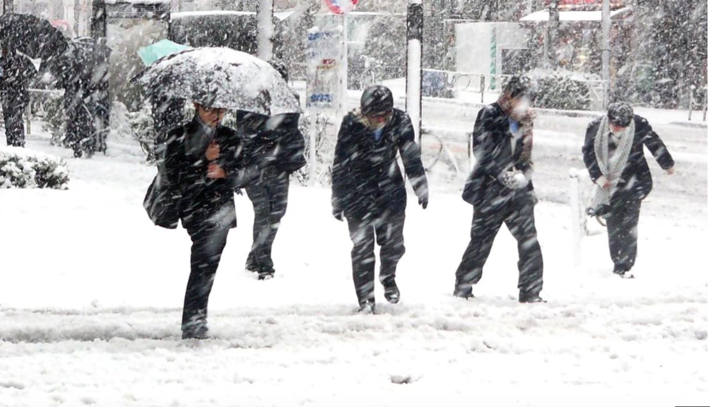 Vremea săptămâna aceasta. Se întoarce iarna. Prognoza meteo ANM