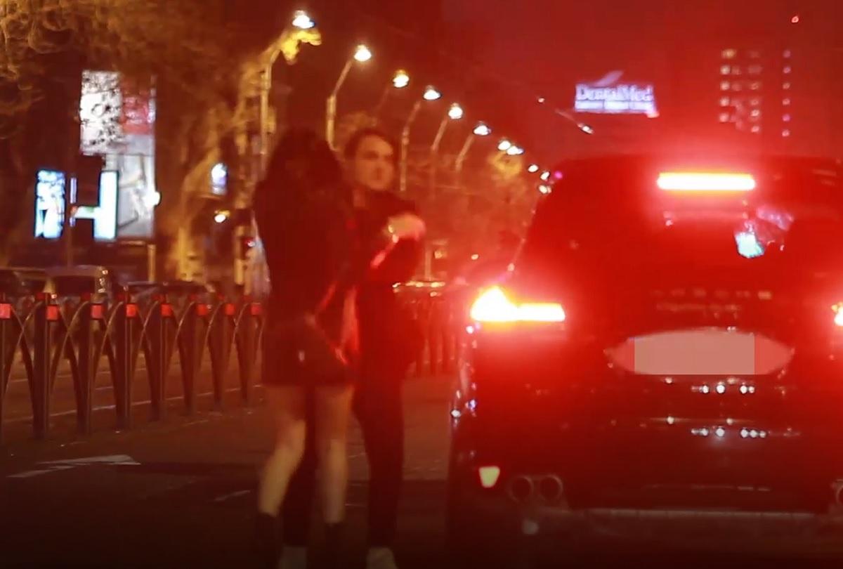 Syda, fostul ginere al lui Băsescu, scandal monstru pe stradă, cu iubita sa