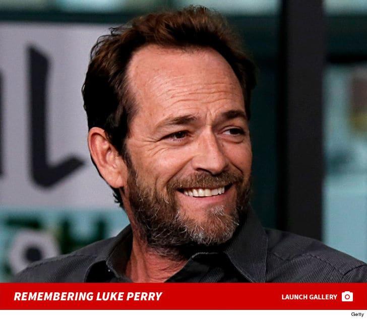 "Luke Perry, ""Dylan"" din Beverly Hills a murit"