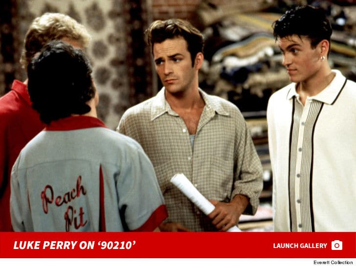 "Luke Perry, ""Dylan"" din Beverly Hills a murit"