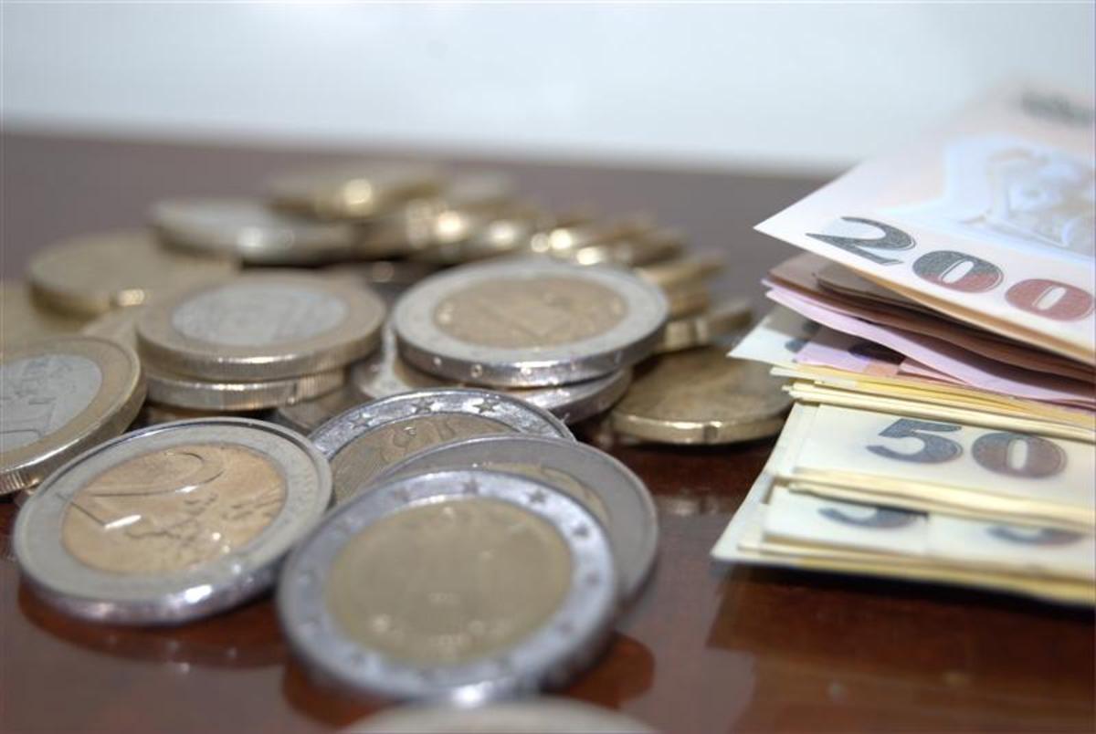 Curs valutar 11 martie 2019 BNR Euro, Dolar, Liră sterlină, Franc Elvețian. ROBOR EXPLODEAZĂ