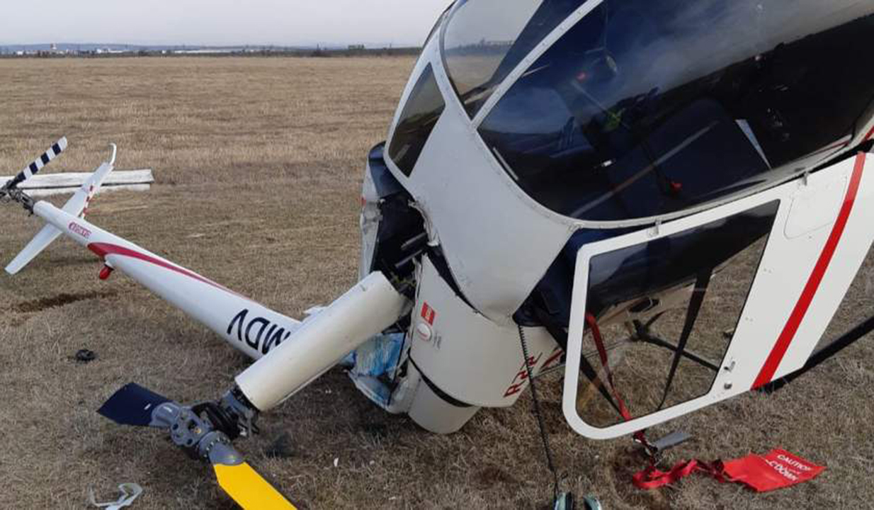 Un elicopter de şcoală s-a prăbușit pe aerodromul din Strejnic, în Prahova