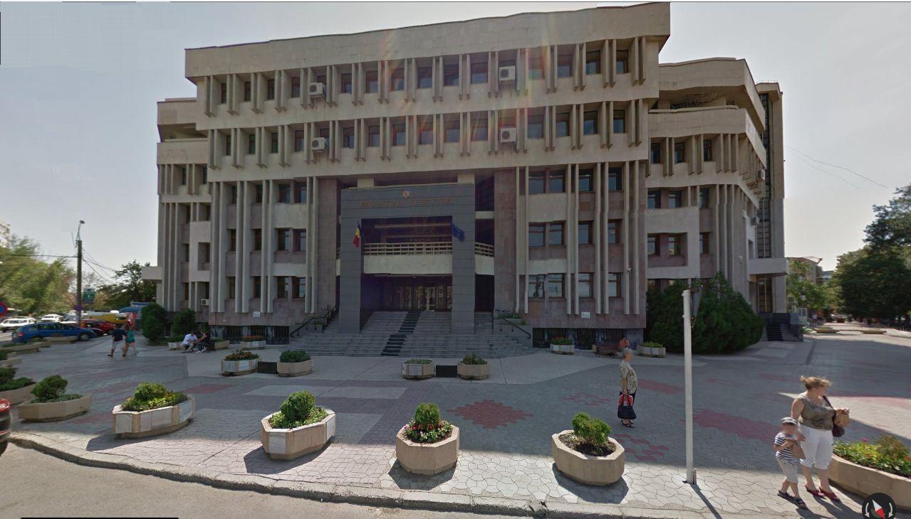 Magistraţii Judecătoriei Galaţi îşi suspendă activitatea zilnic între orele 12,00 şi 14,00 până pe 17 martie