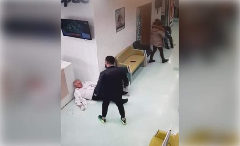 Un medic din Galați a fost atacat și bătut pentru că a refuzat să facă PE LOC o întrerupere de sarcină