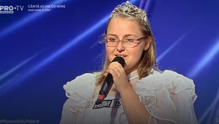 """Claudia Vesa """"O sole mio"""" - Românii au talent. Fata suferă de retard"""