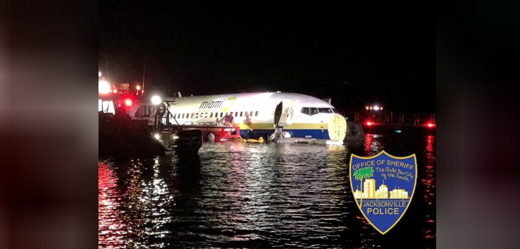 Un Boeing 737 cu 136 a ratat aterizarea - Zeci de răniți