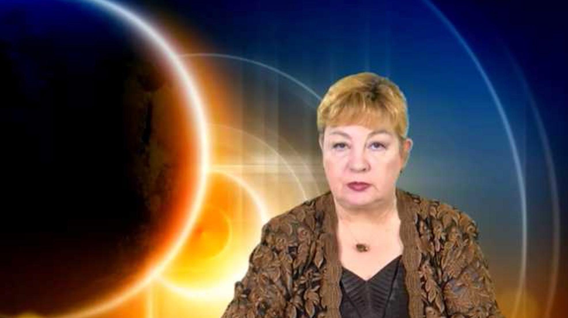 Horoscop Nicoleta Svarlefus iulie 2019 GEMENI. Rezolvi ...  |Horoscop 31 Iulie 2020