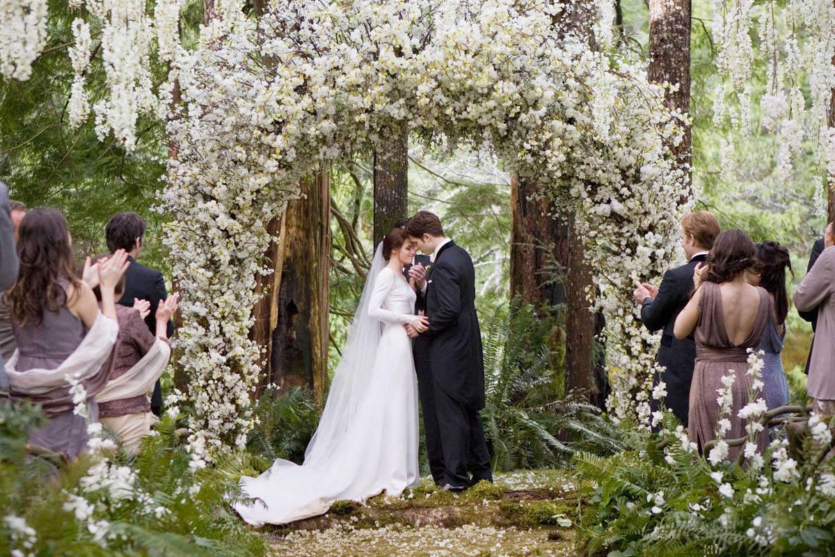 Spune-mi pe ce data te-ai casatorit ca sa afli daca vei avea o viata fericita alaturi de partener!