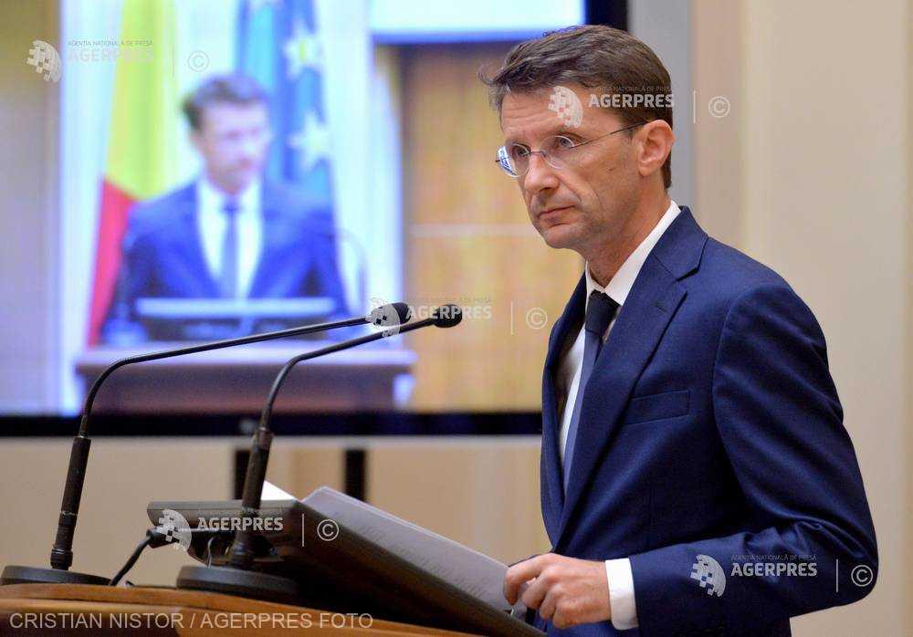 Suciu (BNR): Capacitatea administraţiei româneşti de a reacţiona predictibil este de 30%; restul reprezintă reacţii la situaţii tensionate