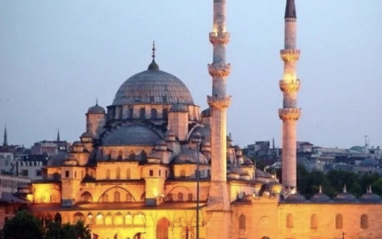 Musulmanii sărbatoresc prima zi de Kurban Bayram