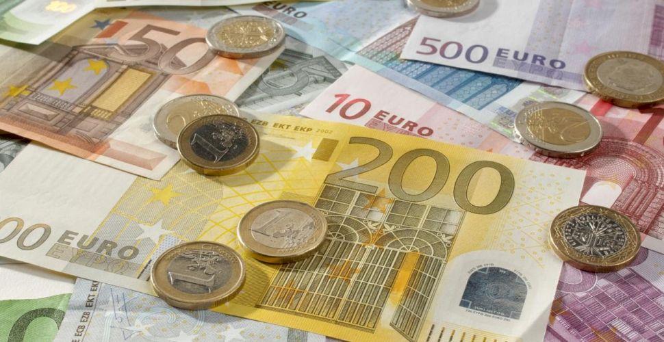 curs de tranzacționare în valută roma)