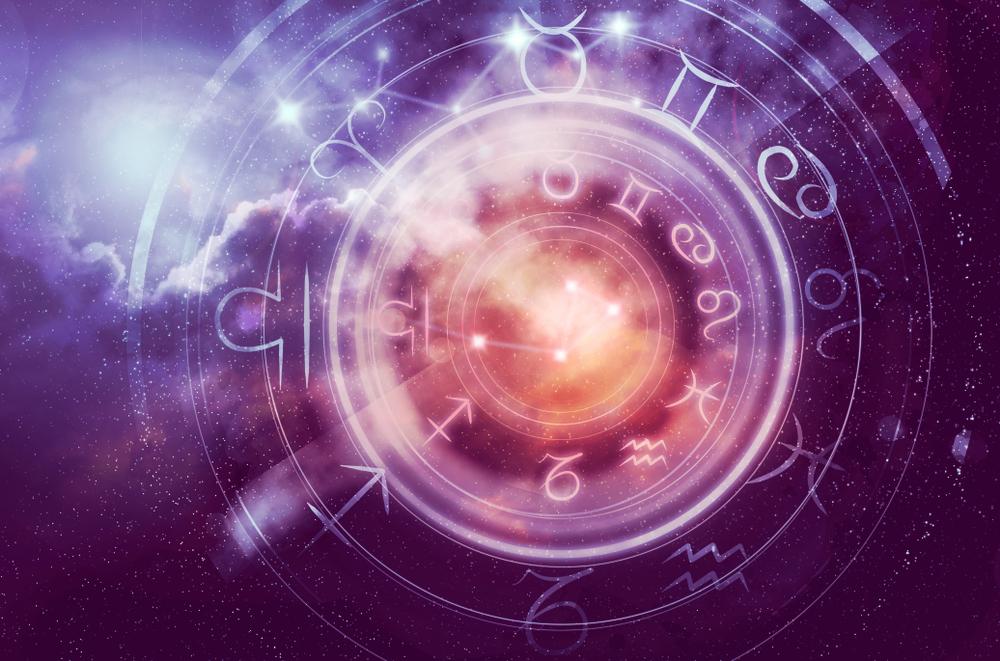 Horoscop zilnic 15 august 2019 - Eliberează-te de limite, de interdicţii impuse de alţii