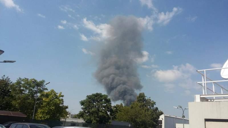 ANM, anunț de ULTIMA ORĂ după incendiul din Băneasa. Cât de toxic este norul negru? sursa foto: antena 1