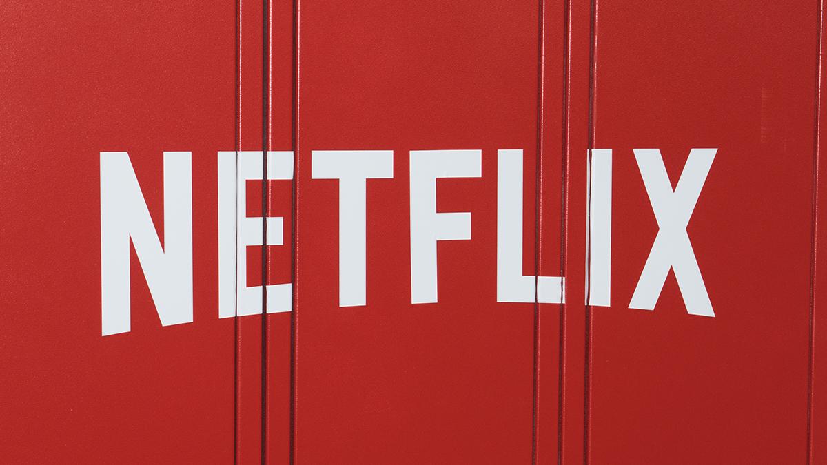 Comenteaza meciurile pe HUFF.ro și poți câștiga abonamente Netflix. Regulament