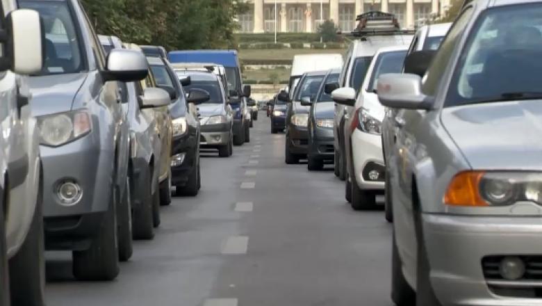 Noua Taxa Auto și Codul Rutier vor fi modificate